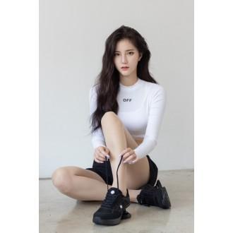 치어리더 김해리, 8월 초 가수 데뷔→앨범 준비 박차 (f…
